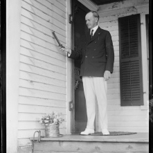 6192821271_fb47b5b13f_b L Jones Collection CC reading thermometer_80 degrees in shade