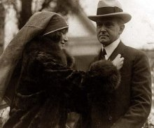 Coolidge-pinning.preview w Janet Whitton Moffet 1926