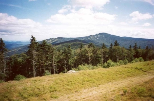 Killington_Pk_seen_from_Pico_Pk