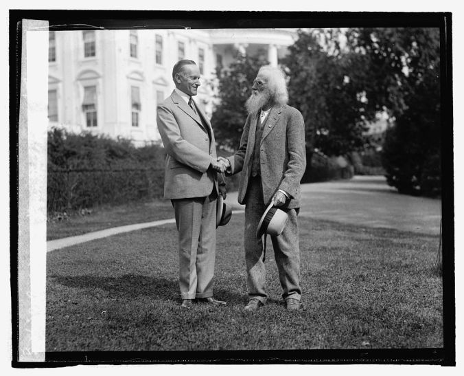 Coolidge Meets Ezra Meeker, October 1924