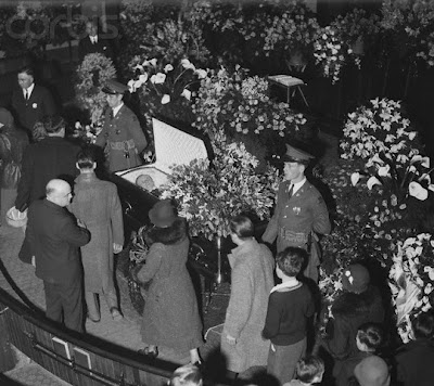 Viewing of Calvin Coolidge, Edwards Congregational Church, Northampton, MA, morning of January 7, 1933.