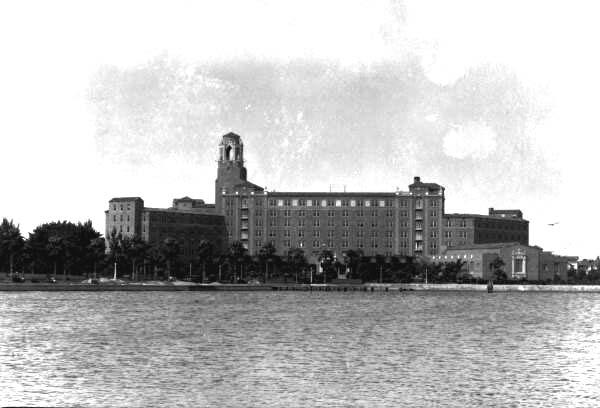 Vinoy from yacht basin 1920s