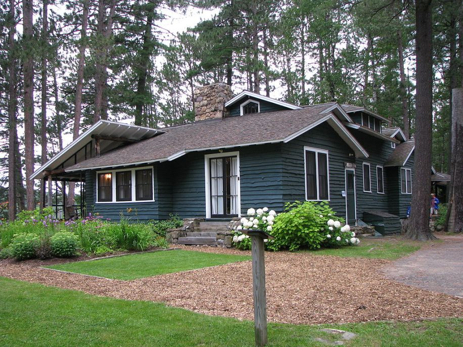 The cottage where Mr. and Mrs. Coolidge -- and the dogs -- stayed that summer.