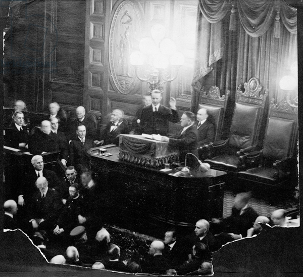 Calvin Coolidge takes the Oath as Governor, January 2, 1919