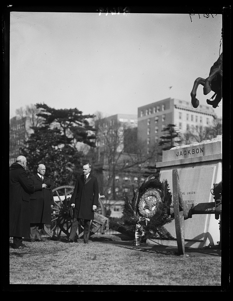 President Coolidge presenting a wreath at the Jackson Memorial in Lafayette Park, January 1924.