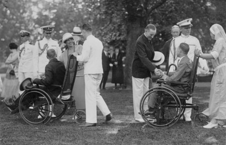 President Coolidge greeting veterans on the White House lawn, 1924.