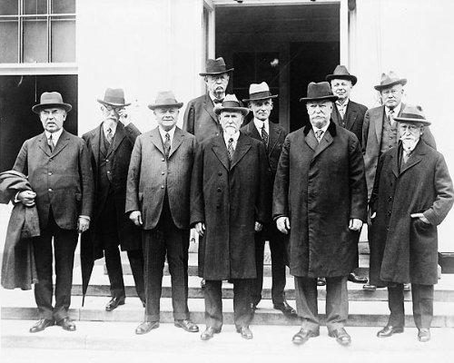 Chief Justice Taft and several Circuit Court judges, gathering for their annual conference, call upon President Coolidge at the White House.