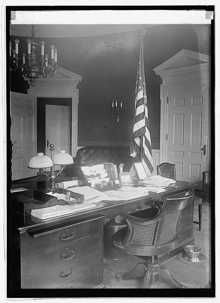 The President's desk at the White House, 1923