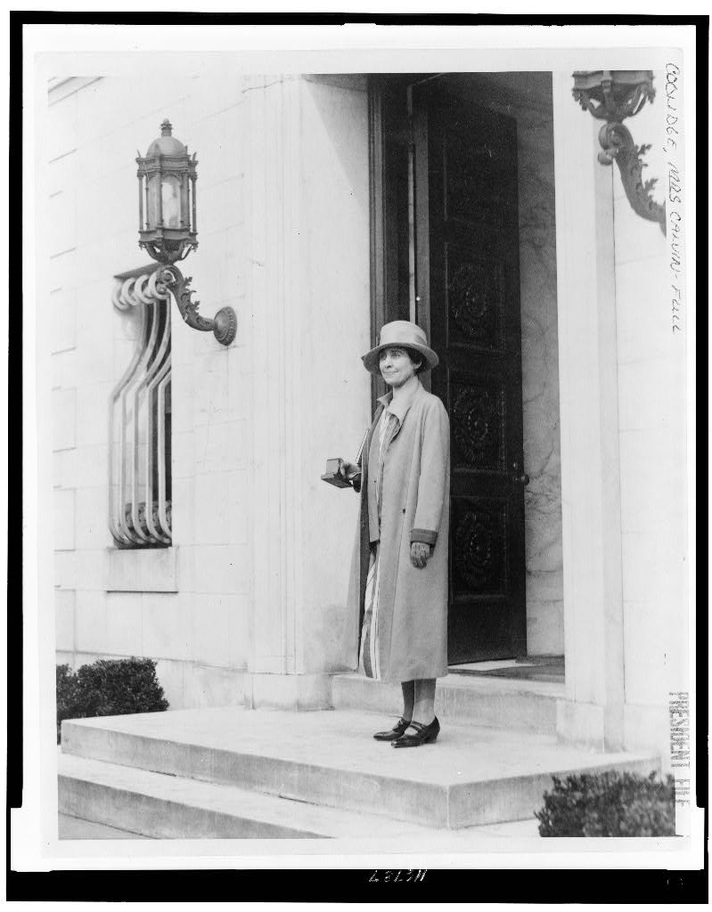 The Coolidge start their gradual move into the Patterson home, spring 1927