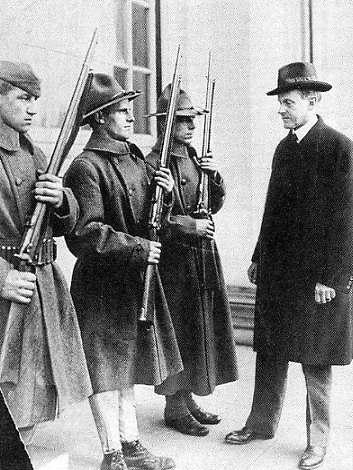 Mass-Gov-Coolidge+Natl-Guard_1919