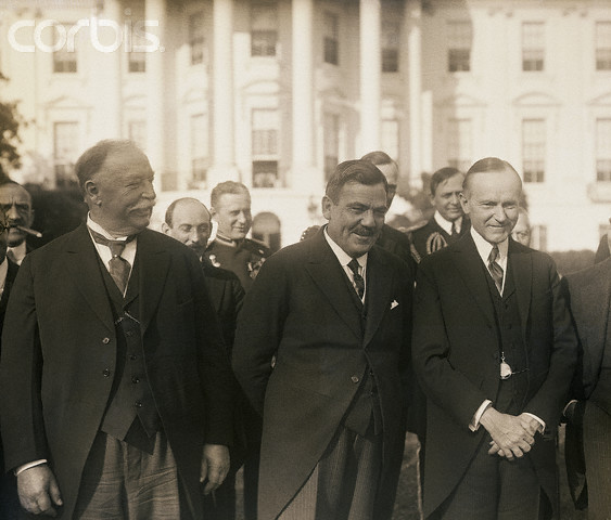 Chief Justice Taft, Mexican President Calles and President Coolidge, during the visit of Calles to America, 1925. When the large Justice Taft was asked by the photographer to move in closer, he turned to Coolidge and said in self-deprecating fashion, that would likely crowd out Mexico, which is something we would never do. To that Coolidge and Calles are photographed chuckling at the joke.