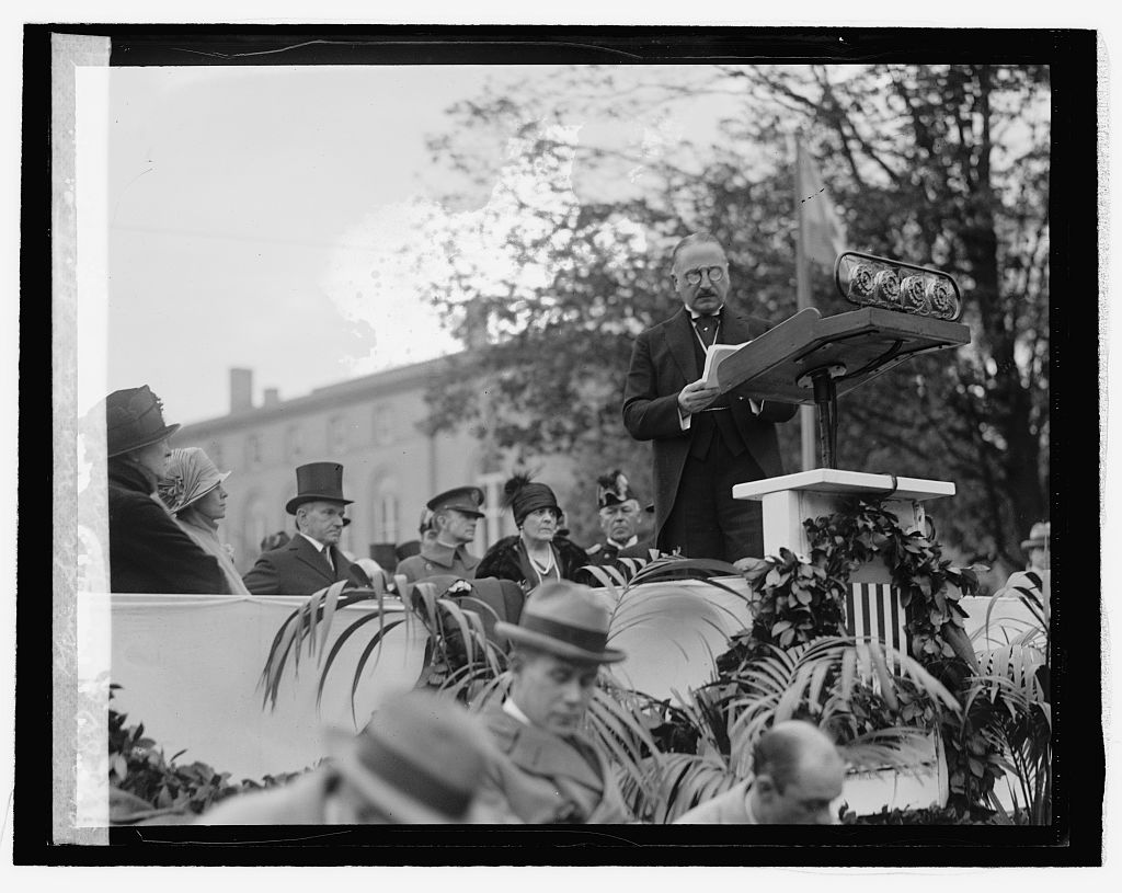 Ambassador Pueyrredon introduces President Coolidge with remarks commending the relationship between our republic and the Republic of Argentina. Coolidge honors the Ambassador in his speech, noting that Pueyrredon, too modest to say so, was an actual descendant of the great patriot San Martin. Courtesy of the Library of Congress.