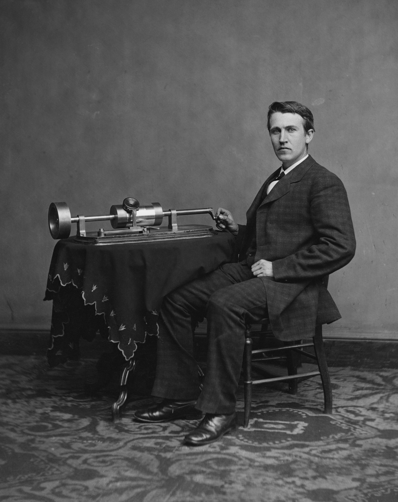 Edison with his phonograph at Washington, April 1978. Photograph by Matthew Brady.