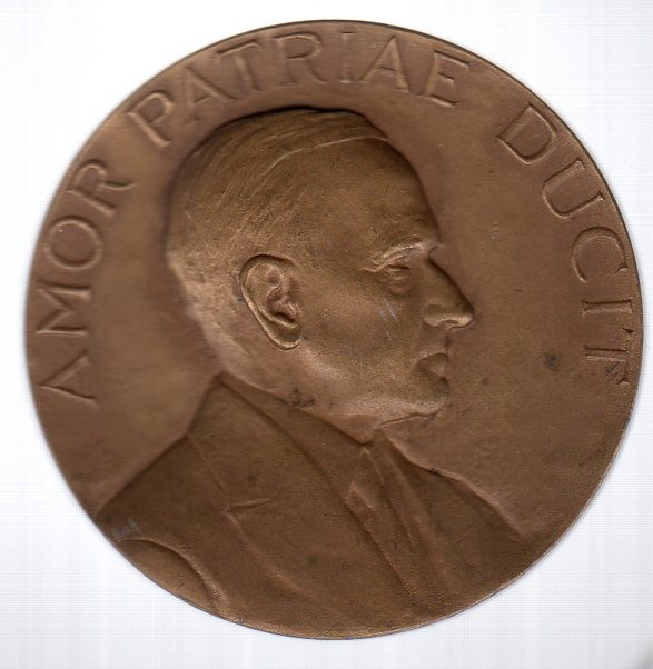 "The medal presented to President Coolidge by the Union League. The inscription, Amor Patriae Ducit meaning, ""Love of Country Leads."" could not more aptly suit its recipient."