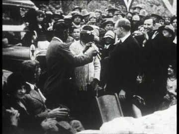 947922306-peace-pipe-apache-calvin-coolidge-opening-inauguration