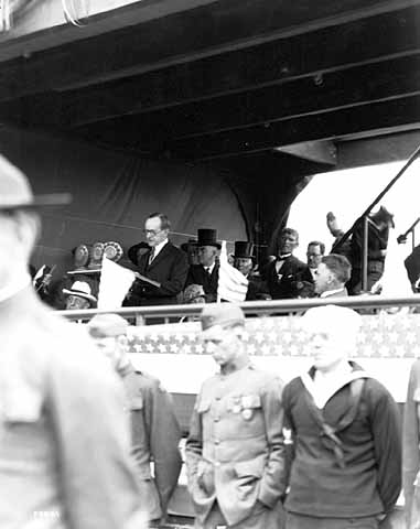 President Coolidge speaking at the Minnesota state fairgrounds in St. Paul, June 8, 1925.
