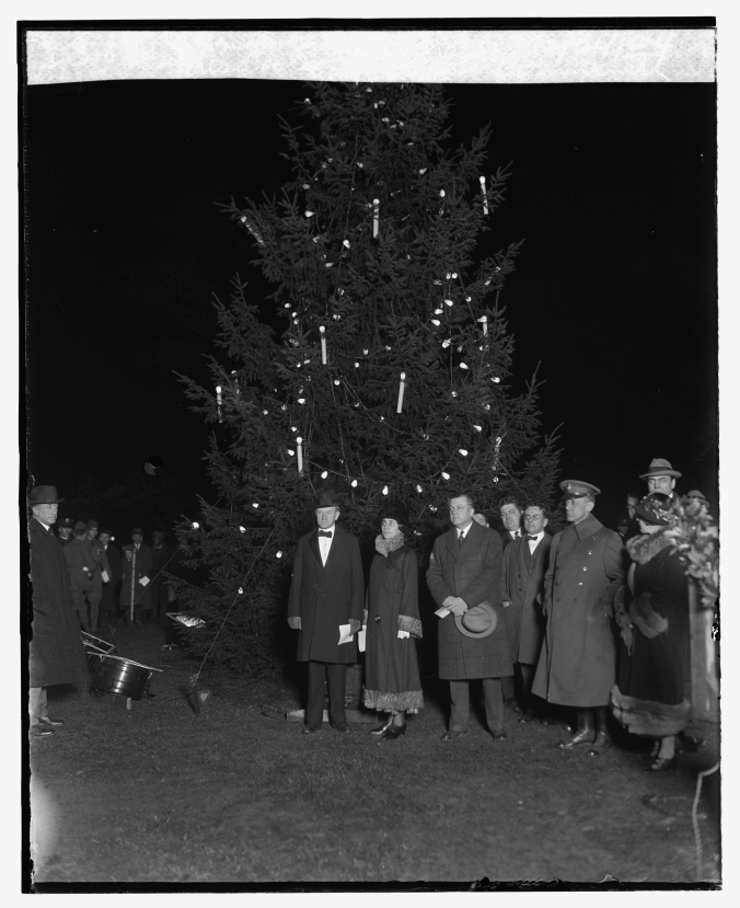 President Coolidge lighting the community Christmas tree, 1924.