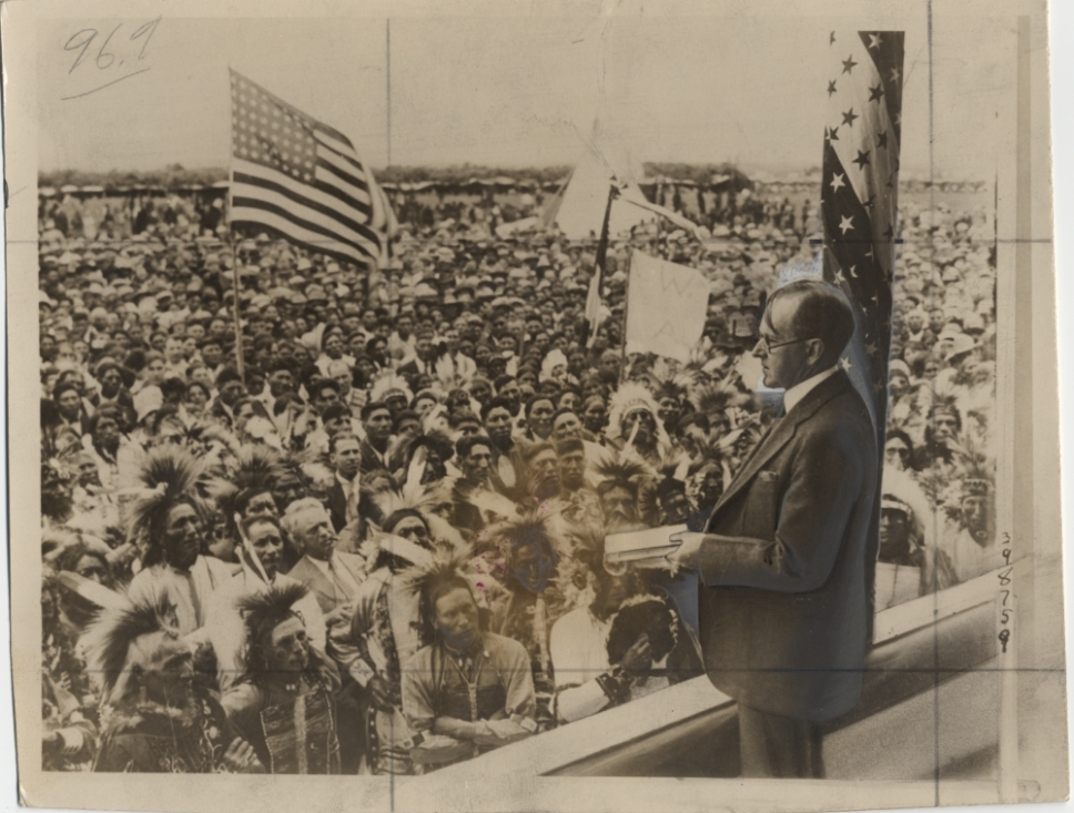 President Coolidge addressing 10,000 Sioux Indians, South Dakota, the previous year (1927).