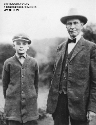 Colonel John Coolidge with his grandson, Calvin Jr., at the Homestead, August 1923.