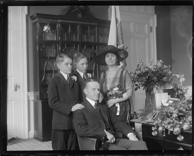 6192830925_cab2acd2c6_b-coolidge-with-family-during-boston-police-strike