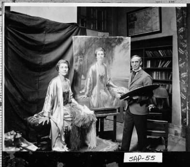 mrs-coolidge-with-painter-salisbury-and-portrait