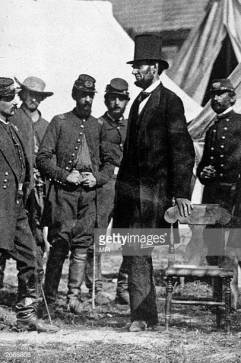 President Abraham Lincoln (1809 - 1865) with General George McClellan (1826 - 1885) at his headquarters on the battlefield of Antietam in Maryland. (Photo by MPI/Getty Images)