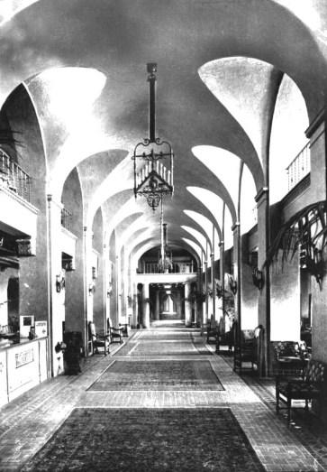 Lobby of Vinoy Hotel, St. Petersburg