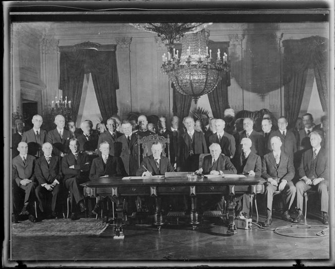 6208536544_0578b327cf_b CC signs Kellogg-Briand Pact 1929