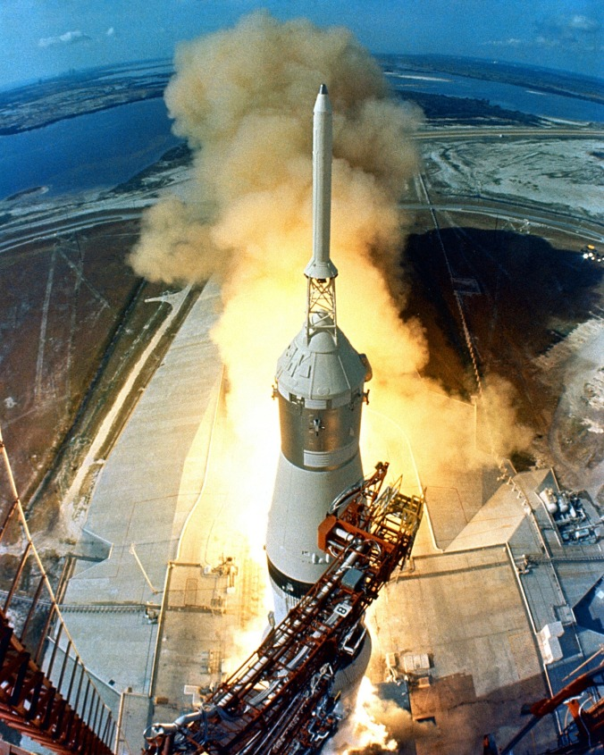 apollo-11-launch