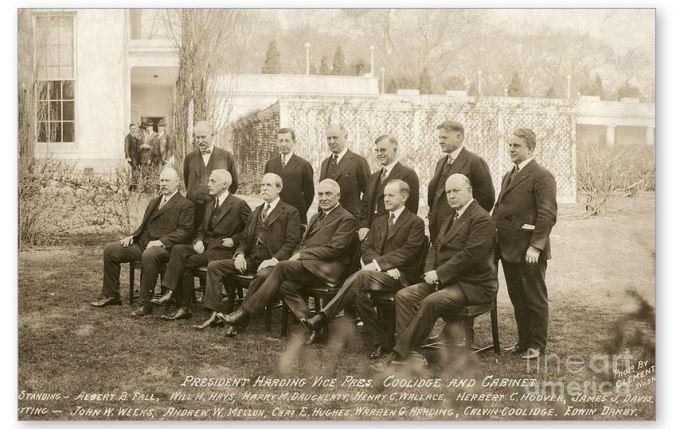 Harding Cabinet (2)