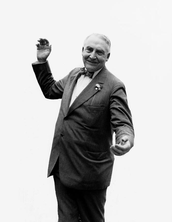 president-warren-g-harding--c-1920-international-images