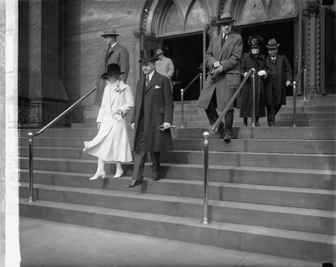 President-and-Mrs-Coolidge Thanksgiving Service 1925
