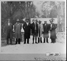 Cabin_Bluff_19271928_Spiritual_singers_of_Georgia_Industrial_College_with_President_Calvin_Coolidge