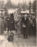 Grace and Calvin Step off Train in Northampton 3-5-1929 001