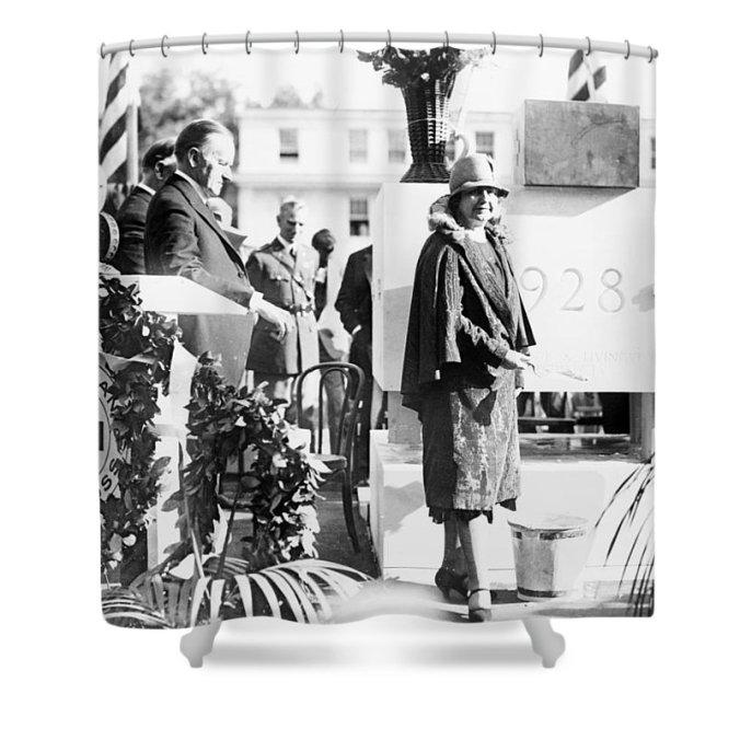edith-galt-wilson-1928-redcross-cornerstone